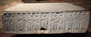 Sarcophage au Christ, Pierre et Apôtres (Ra 507)