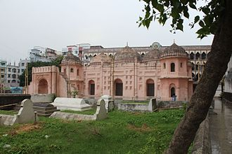 Sat Gambuj Mosque - Image: Sat Gambuj Mosque from North