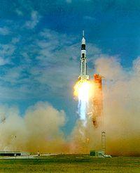 200px-Saturn_SA7_launch.jpg