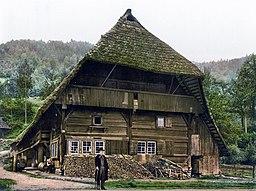 Schwarzwaelder Bauernhaus um 1900
