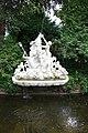 Schwetzingen Schlosspark Skulpturen 10.jpg