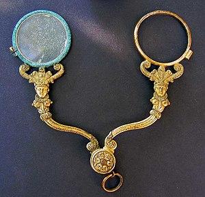 Scissors-glasses - French Empire gilt scissors-glasses c.1805