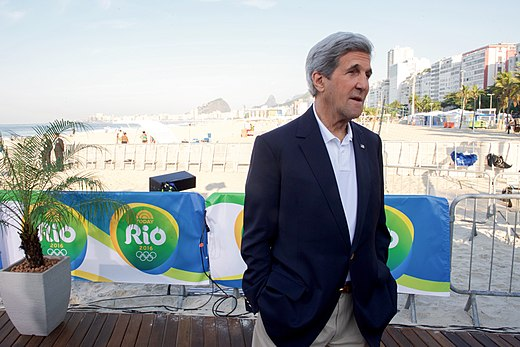 Secretary Kerry Stands Along Copacobana Beach Before An Interview With NBC New's Today Program (28803991195).jpg