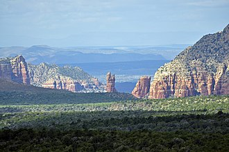 Interstate 17 - Image: Sedona Red Rocks from I 17