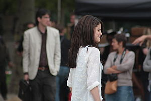 Monte Carlo (2011 film) - Gomez filming a scene on location in Paris, France