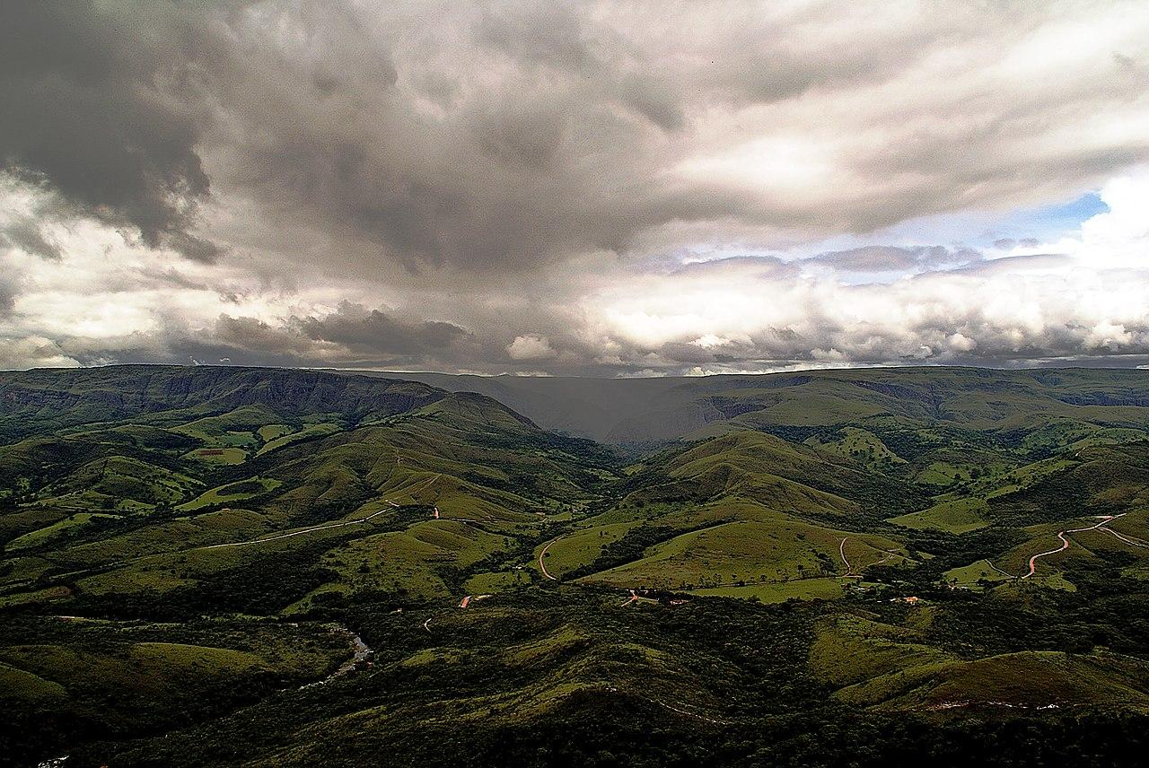 Ficheiro:Serra da Canastra.jpg – Wikipédia, a enciclopédia livre