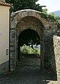 Serravalle pistoiese, porta della gabella 02.jpg