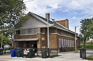 Shedd Park Fieldhouse - Image: Shedd Park Fieldhouse