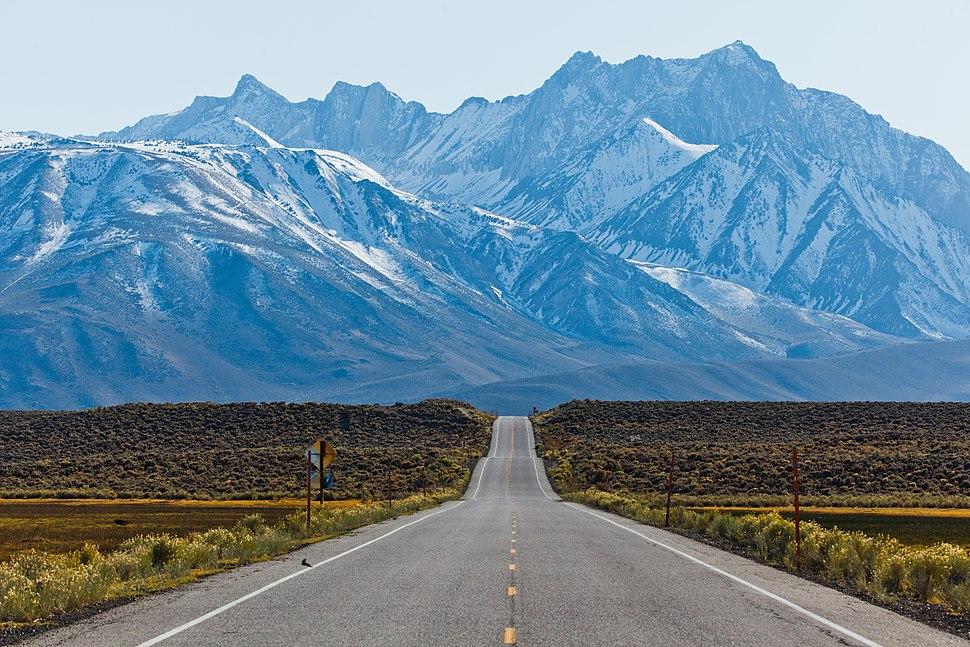 Sherwin Range, Benton Crossing