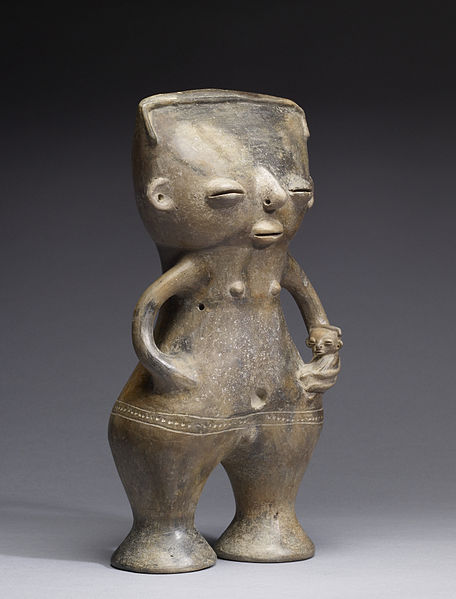 Файл:Sinú - Standing Figure of a Mother and Child - Walters 482853 - Three Quarter.jpg