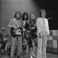Slade - TopPop 1974 5.png