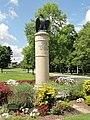 Soldiers' monument (Dover, Massachusetts) - DSC09487.JPG