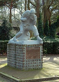 Son Airborne monument.jpg