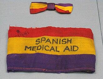 Flag of the Second Spanish Republic - Image: Spanish Medical Aid Armband