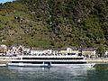 St. Goarshausen mit der Rheinfähre Loreley VI - panoramio (1).jpg