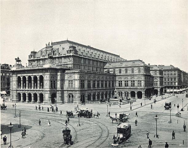 Придворная опера в 1898 году