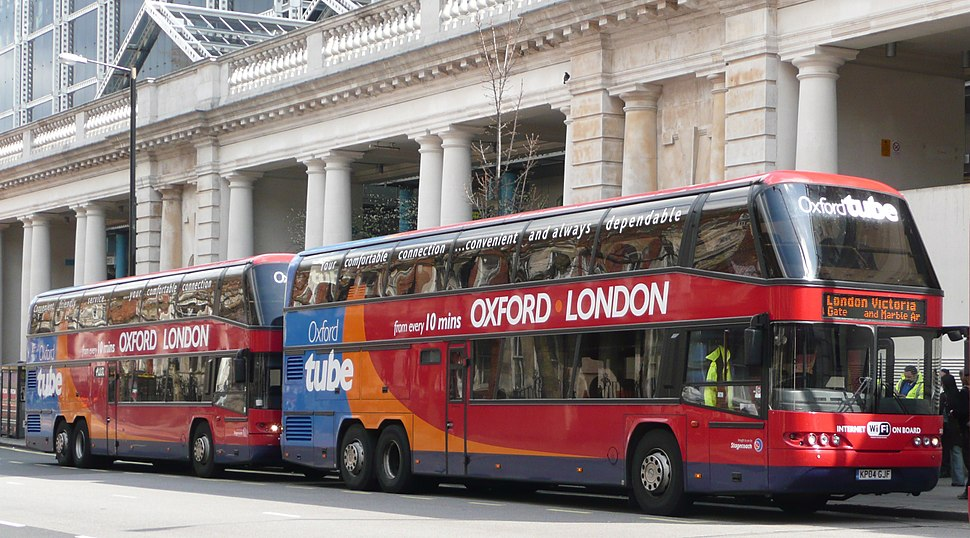 Stagecoach Neoplans on Oxford Tube