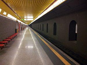 Zara (Milan Metro) - Image: Stazione Zara M3