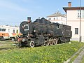 Steam locomotive JZ 25-019 in Novo mesto.jpg