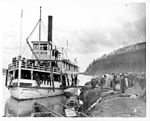 Steamboat MONARCH with passengers at river landing, ca 1904 (NOWELL 91).jpeg