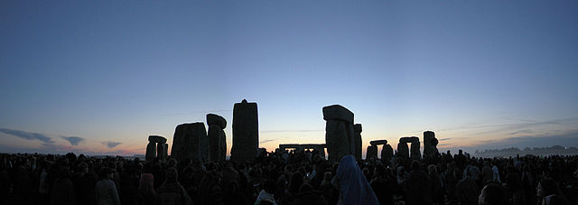 An image of Stonehenge just before dawn on the summer solstice. Image by Andrew Dunn.