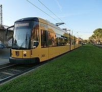Straßenbahnwagen 2834 Dresden.jpg