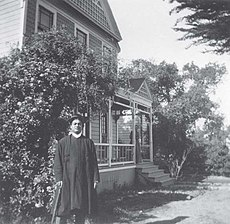 Swami Vivekananda at Mead sisters house, South Pasadena.jpg