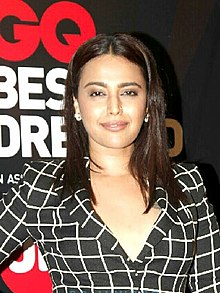 Swara Bhaskar at GQ Best Dressed Awards 2017.jpg