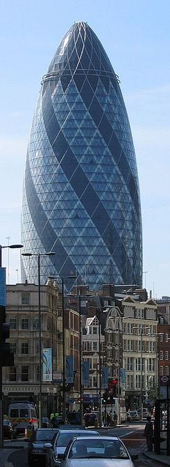30 St Mary Axe(Swiss Re Tower)