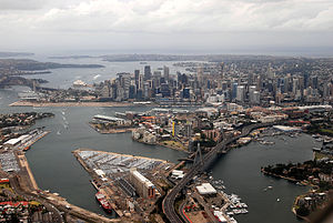 Anzac Bridge - Image: Sydney 02 11 2008
