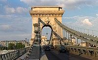 Széchenyi Chain Bridge, June 2013.jpg
