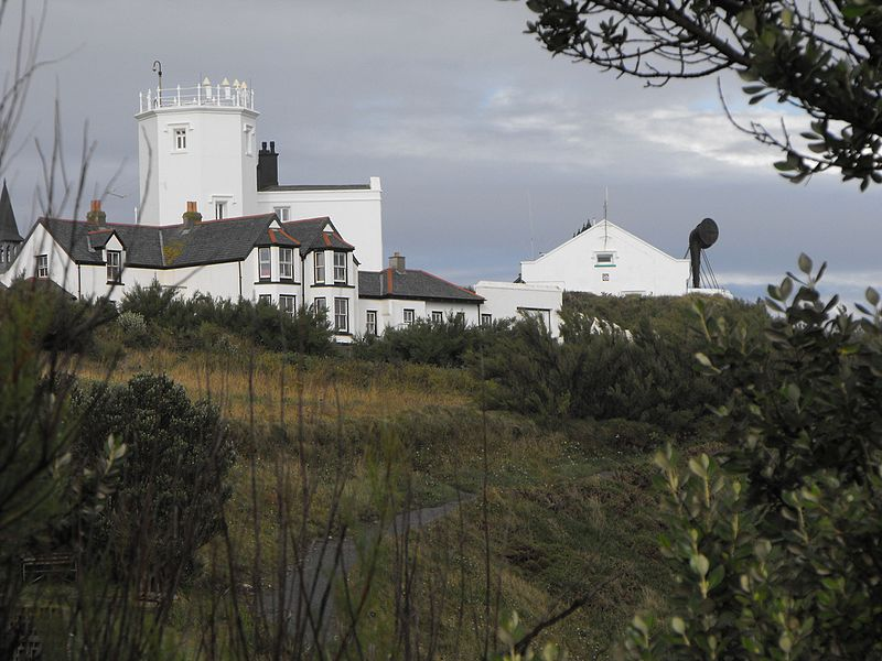 File:THE LIZARD LIGHTHOUSE AND FOGHORN - panoramio.jpg