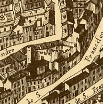 Christian Walls of Madrid - In the plan of Madrid of Pedro Teixeira (1656) some remains of the Christian Walls were noted, as in the case of this fortification located between the calles of Almendro and of Cava Baja.