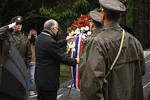 Tezno massacre - Josip Leko, the then Speaker of the Croatian Parliament, lays a wreath at the memorial park in Tezno in May 2015