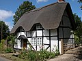 Thatched cottage in Elmley Castle - geograph.org.uk - 728611.jpg