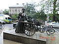 The Tart with the Cart in Dublin - panoramio.jpg