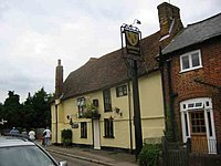Three Blackbirds Pub Flamstead - geograph.org.uk - 41315.jpg