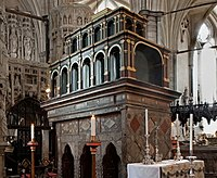 Tomb of Edward the Confessor.jpg