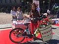 TrendCycle, la pasarela de moda en bicicleta inunda las calles de Madrid (01).jpg
