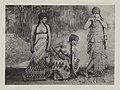 Trois danseuses deux debout et celle du milieu accroupie by Adolf de Meyer 1912 extrait de l´album L´après-midi d´un faune édité par Iribe.jpg