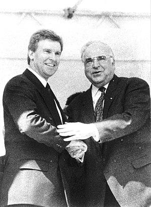 Ulrich Daldrup receives German Chancelor Helmu...