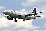 United A320 N485UA 01.jpg
