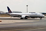 United Airlines, N27965, Boeing 787-9 Dreamliner (44341900442).jpg