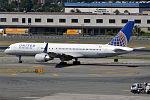 United Airlines, N512UA, Boeing 757-222 (19993280308).jpg