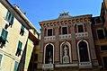 Varazze-palazzo Jacopo da Varazze (2017).jpg