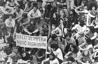 Moratorium to End the War in Vietnam - Vietnam Moratorium protesters in the City Square, Melbourne, 18 September 1970