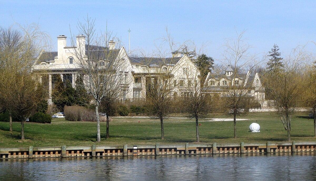 Building A Summer House >> Villa Maria (Long Island) - Wikipedia