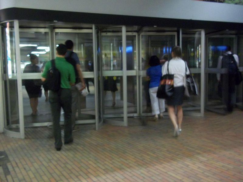 File:Ville souterraine de Montreal 07.JPG