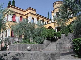 Vittoriale degli italiani building