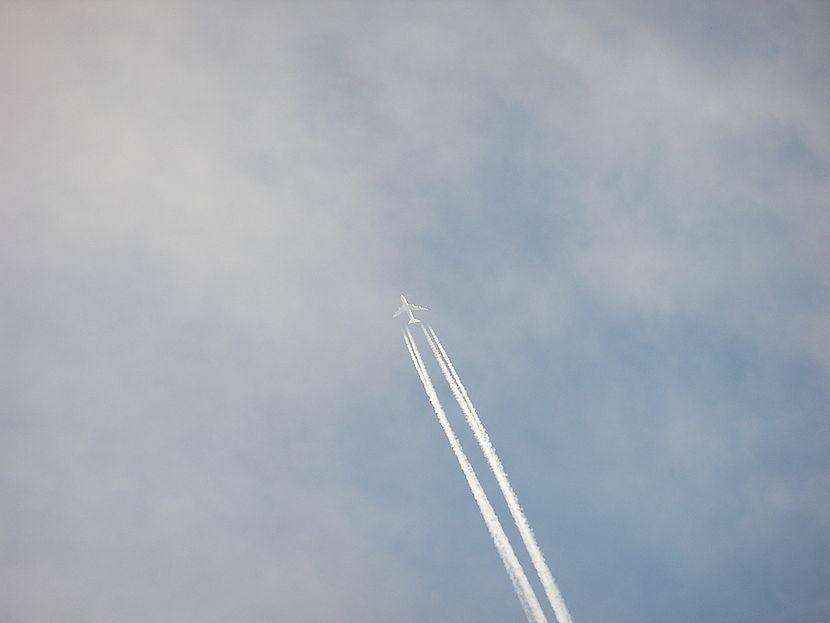 VliegtuigLucht.JPG